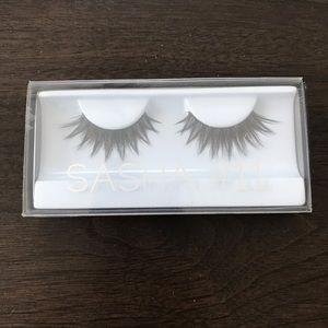 New Huda beauty Sasha #11 false eyelashes!
